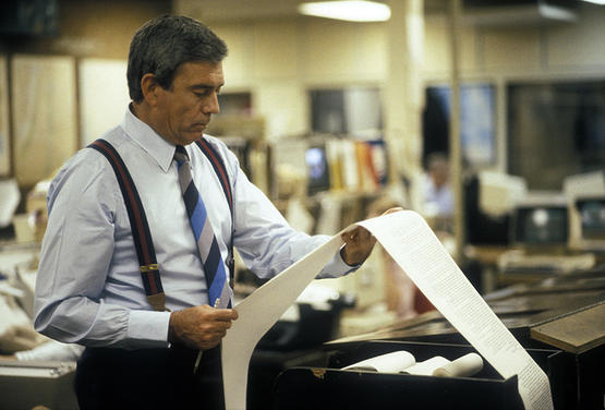 Dan Rather, anchor and managing editor of the CBS Evening News © David Burnett/Contact Press Images.